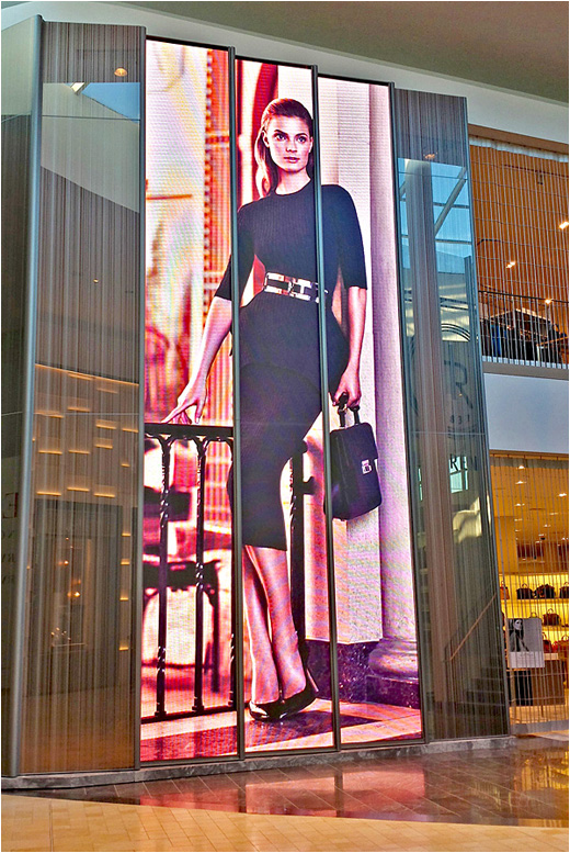 Holt-renfrew-display-GC-1RS copy